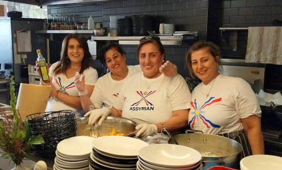 Assyrian chefs in Blue Mountains restaurant